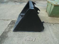JCB telehandler bucket 66inch BOLT ON CUTTING EDGE £695 + VAT