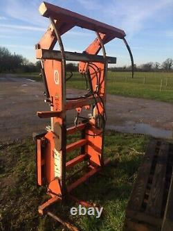 Ritchie Big Bale Grab with JCB quick hitch