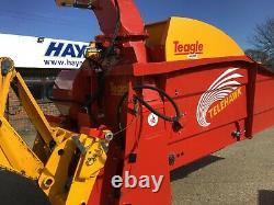 Teagle Straw Spreader
