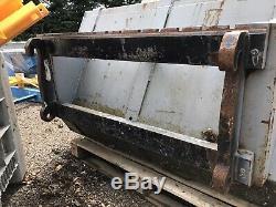 Teleporter Telehandler Forklift Digger Loader Loading Bucket JCB MANITUO