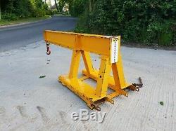 Yellow Forklift Crane Lifting Jib Hook Telehandler CAT